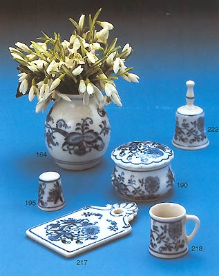 onion porcelain - click for the big picture